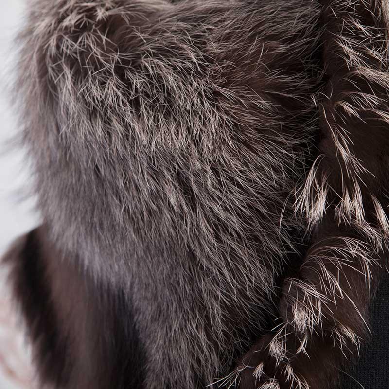 Accessorio rosa nero volpe argentata collo | Nicola Pelliccerie