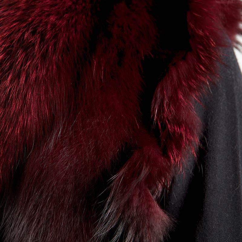 Accessorio rosso intenso coprispalle | Nicola Pelliccerie