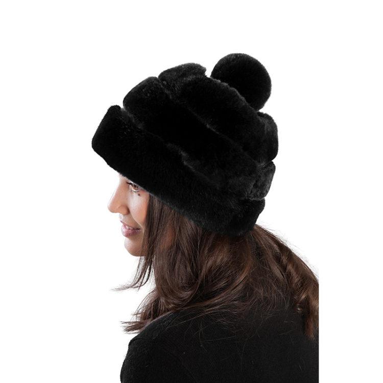 Cappello Nero Pon Pon Pelliccia | Nicola Pelliccerie