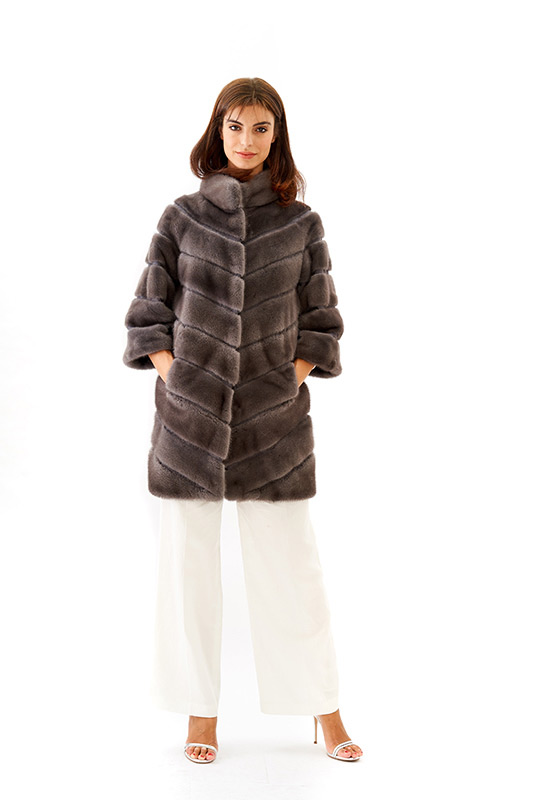 Cappottino visone grigio piombo diagonale | Nicola Pelliccerie