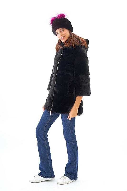 Cappottino visone nero corto cappuccio | Nicola Pelliccerie