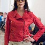 Chiodo Vera Pelle Morbida Rosso Donna Su Misura Affiancato personalizzato | Nicola Pelliccerie