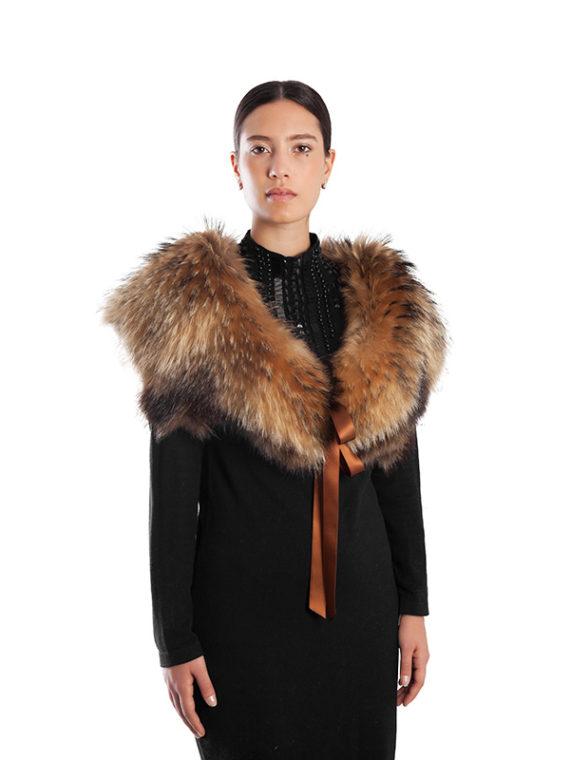 Collo sopra abito giacca fur collar showlders handmade production Italy | Nicola Pelliccerie