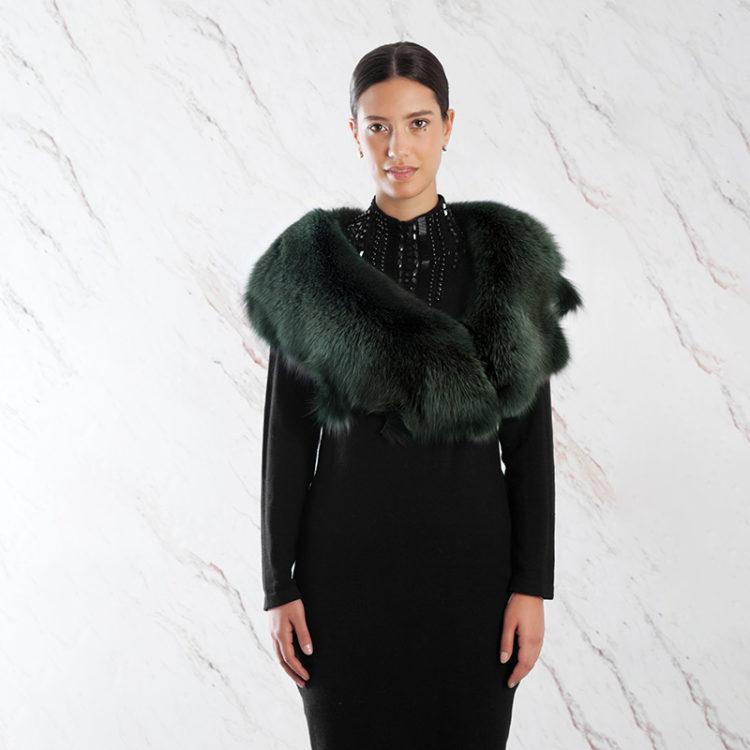 Scialle stola volpe verde bosco real saga fox shawl | Nicola Pelliccerie