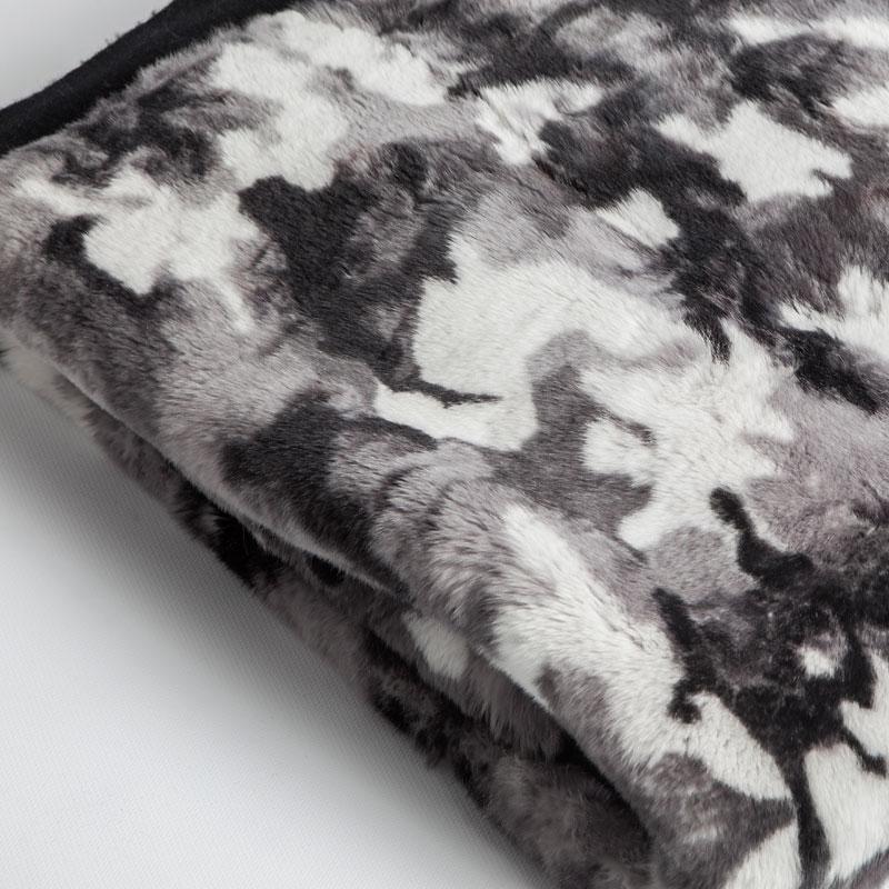Coperta pelliccia leggera grigio nero bianco cachemire | Nicola Pelliccerie