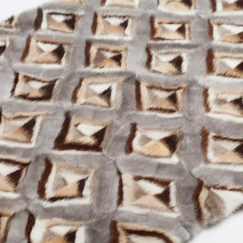 Coperta pelliccia visone lana colorata grigia beige bianca 135x135 cm | Nicola Pelliccerie