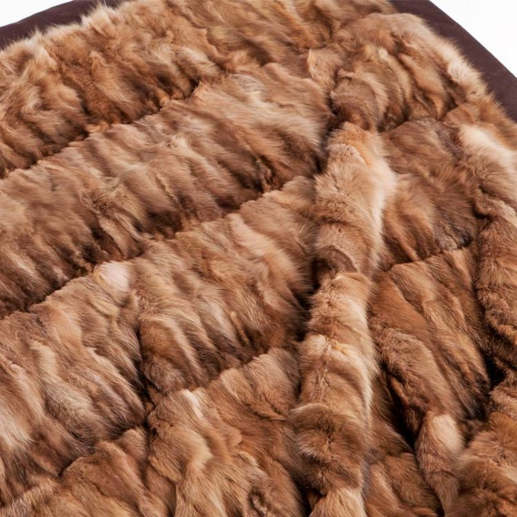 Coperta pelliccia zibellino cachemire marrone chalet montagna | Nicola Pelliccerie