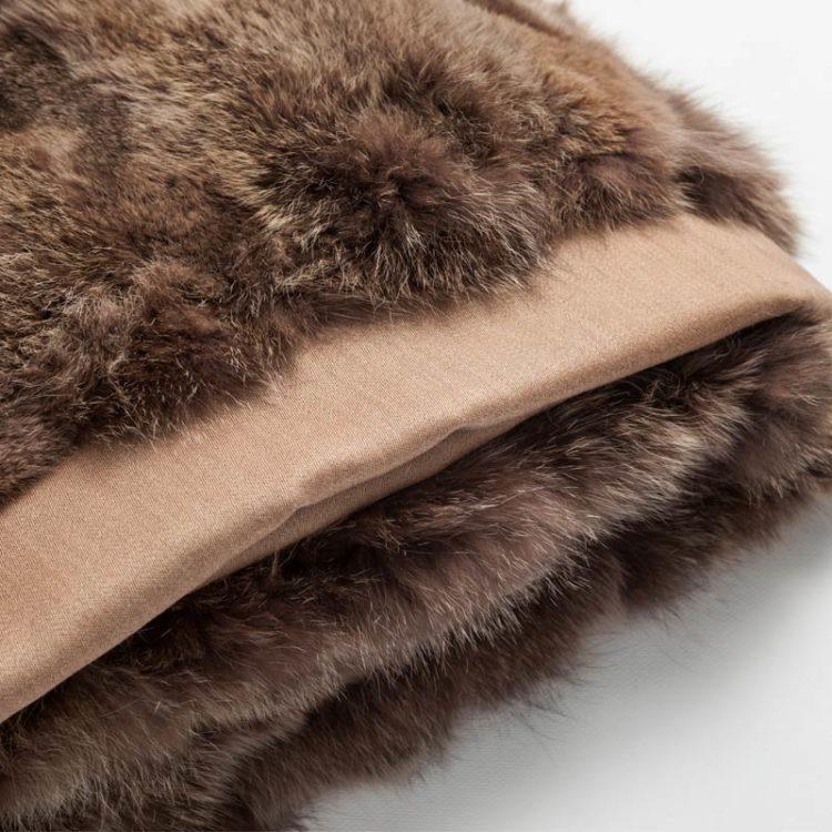 Coperta pelliccia marrone nocciola lana volpe naturale letto arredo montagna | Nicola Pelliccerie