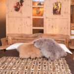 Cuscini pelliccia arredamento montagna | Nicola Pelliccerie