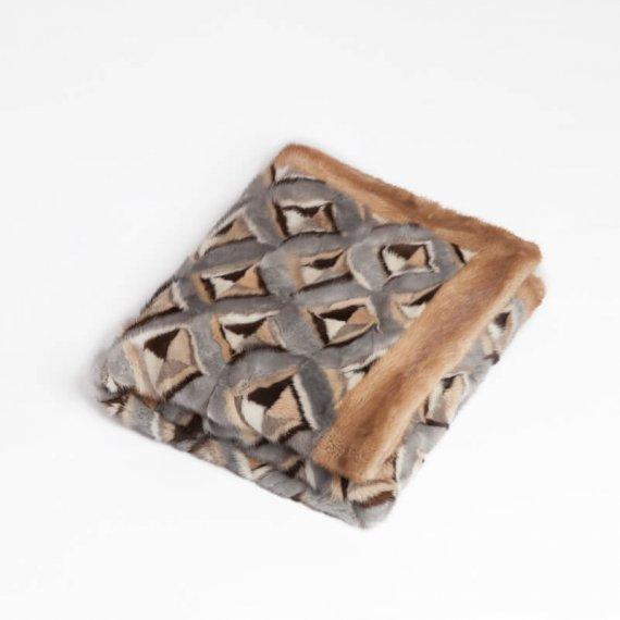 Plaid pelliccia grigio naturale | Nicola Pelliccerie