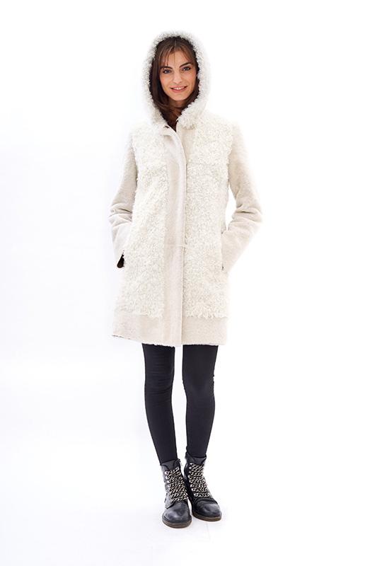 Shearing bianco riccioluto cappuccio ragazza | Nicola Pelliccerie