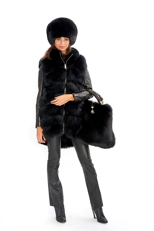 Smanicato gilet volpe nera borsa corno fox bag horn | Nicola Pelliccerie